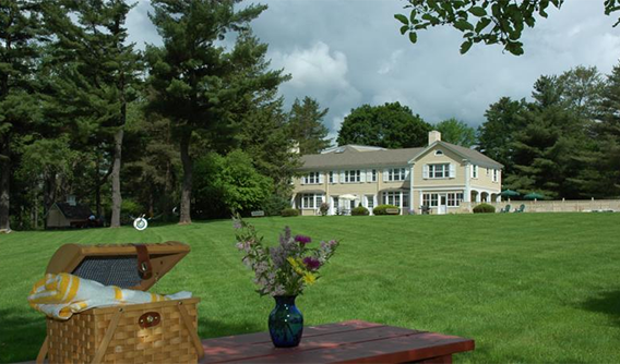 B&B\'s In The Berkshires, Bed & Breakfast Berkshires, Bed and ...