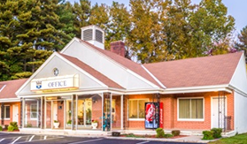 Pet Friendly Hotels In Lenox MA, Pet Friendly Hotels In The Berkshires, Pet Friendly Hotel In The Berkshires, Pet Friendly Lodging Berkshires, Pet Friendly Hotels