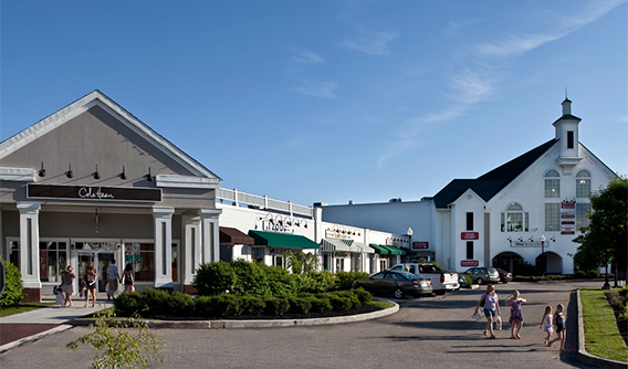Shopping in the Berkshires, Shopping Berkshires, Shopping in Berkshire County, Outlets in the Berkshires, Shopping in Lee, MA