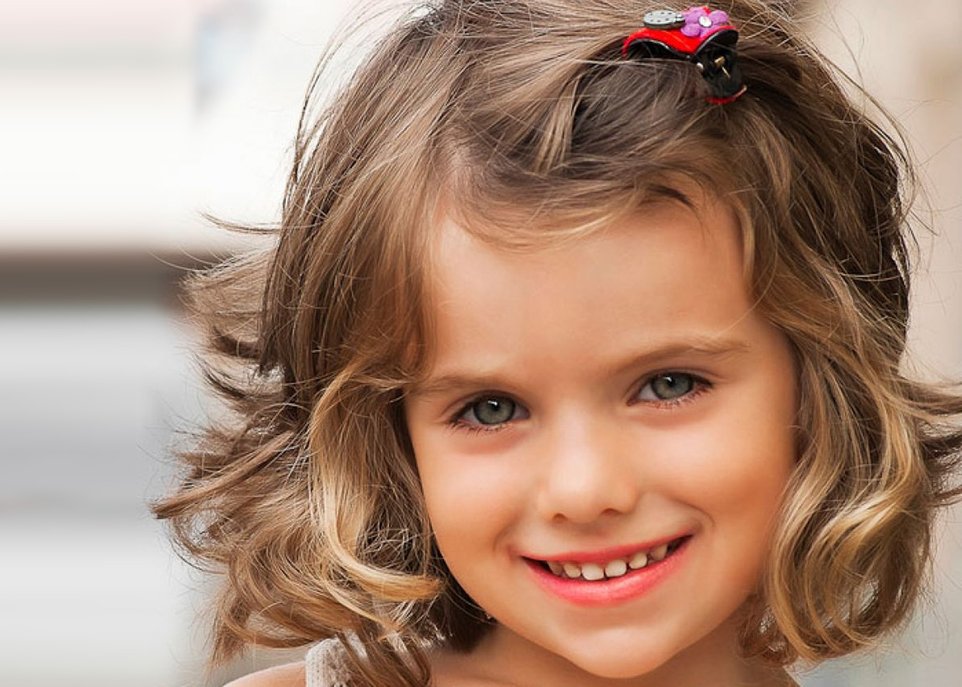 What should be a childs haircut for a girl