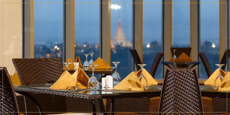 4 star hotel offering city view with Shwedagon pagoda