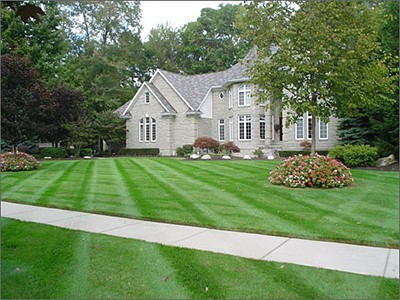 Krew Kutz Lawn Mowing, Lawn Care, Commercial and Residential Property Maintenance In The Berkshires, Pittsfield MA, Lenox MA, Stockbridge MA