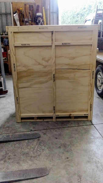 Custom Crating | Standard tall crate