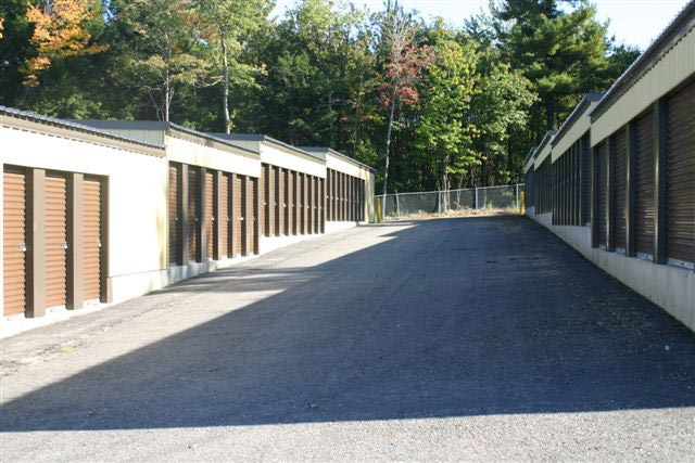 Secure Self Storage Facility Gardner MA