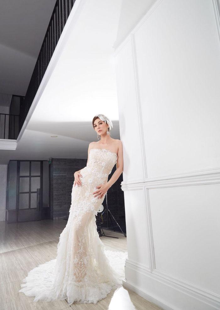 Ganit - Wedding dress magazine