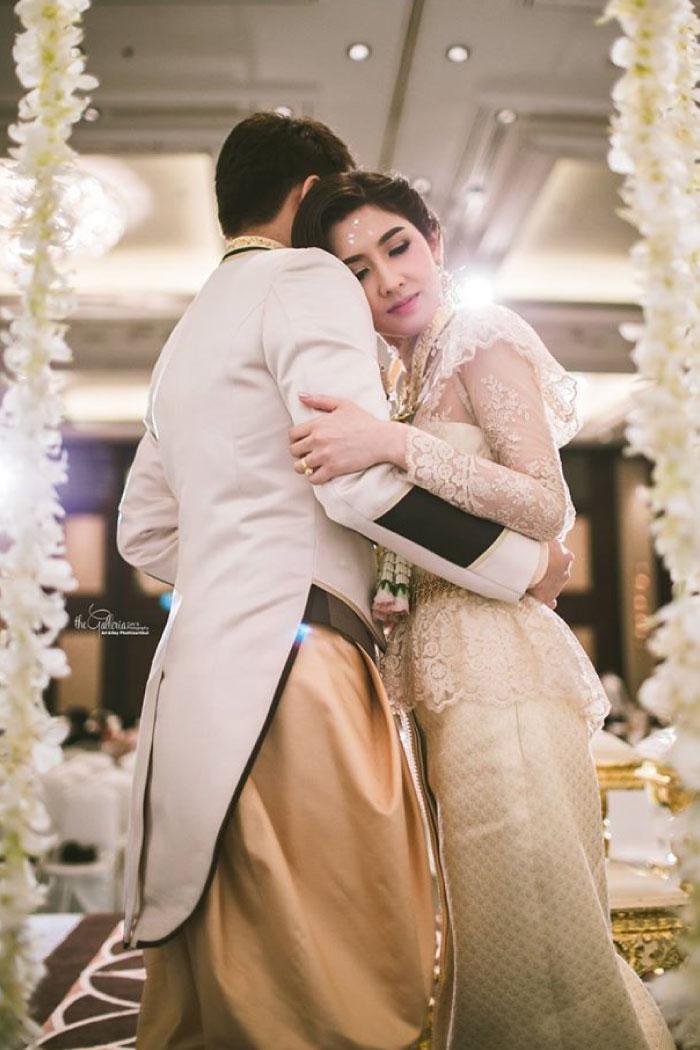 Ganit The Wedding dress - Real Wedding
