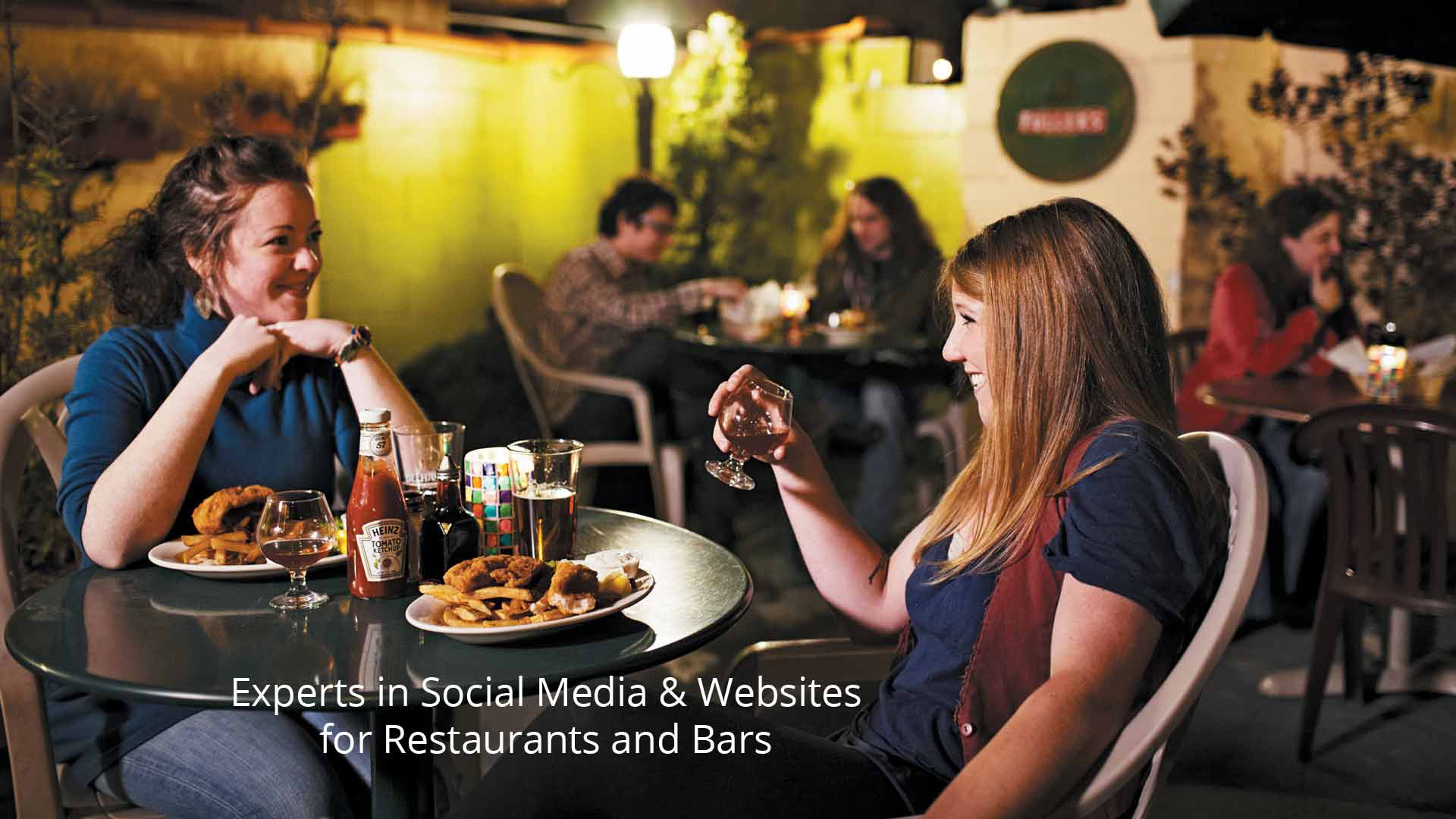 restaurant social media posting and management