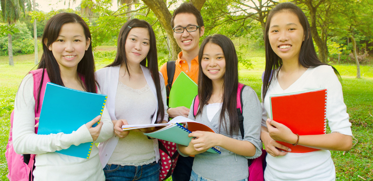 How to Help Your Kids at the Start of their Secondary School​