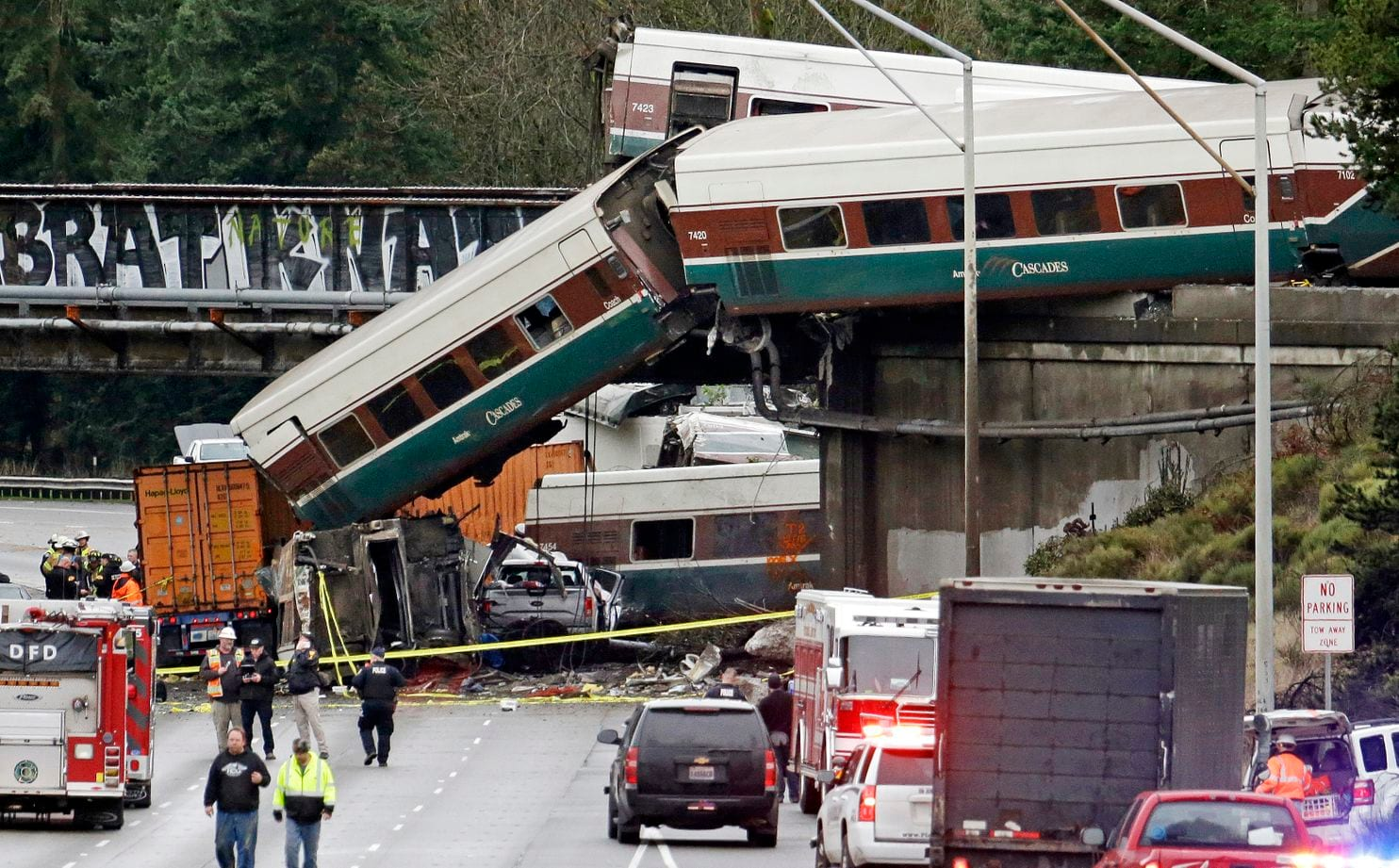 Imagenes del accidente de Amtrack en Seattle Dec 2017