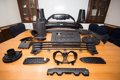 We have experience and the standard to manufacture plastic molds with the best technology