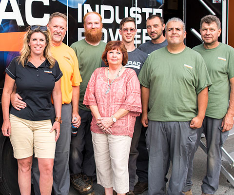 Group photo of Oakwood Electric & Generator staff in 2017