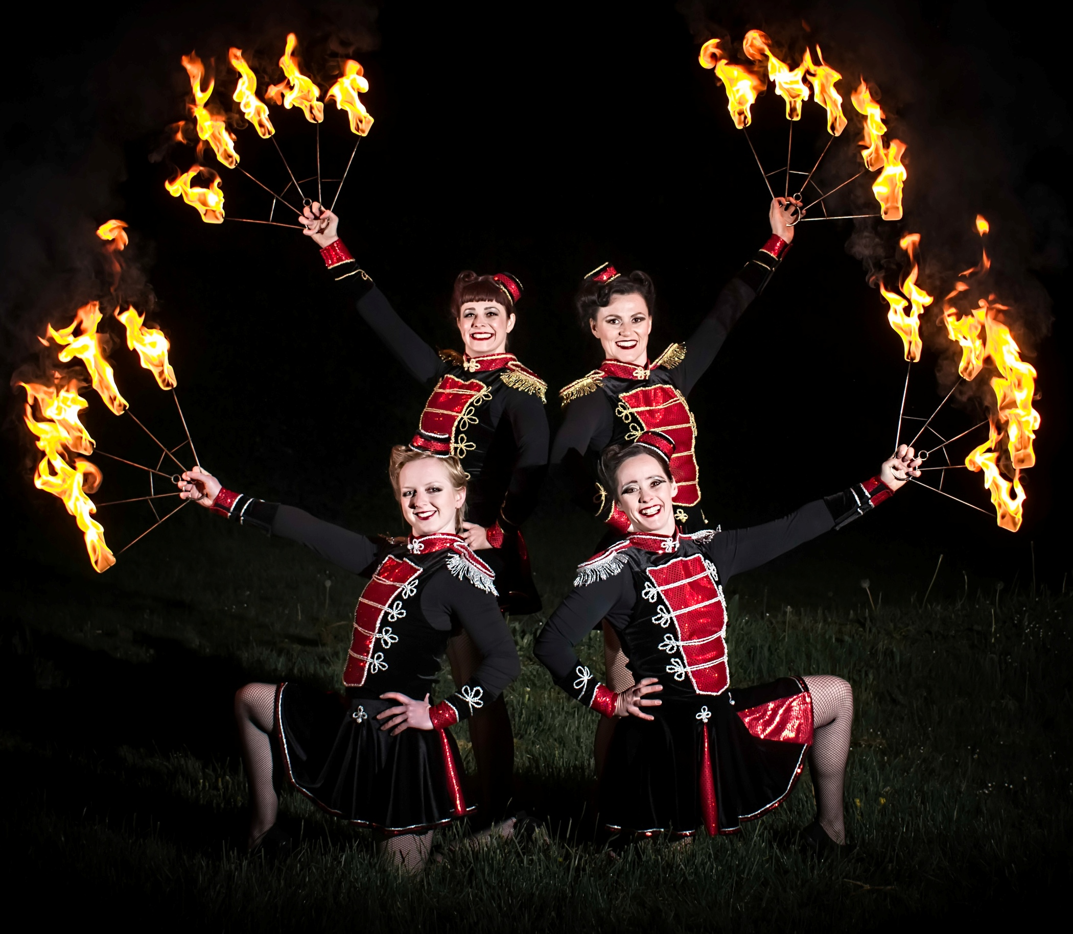 Circus-Antics-Fire-Performers-The-Dangerettes